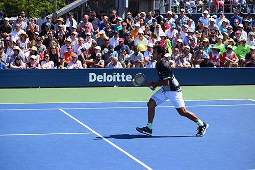 center the racquet